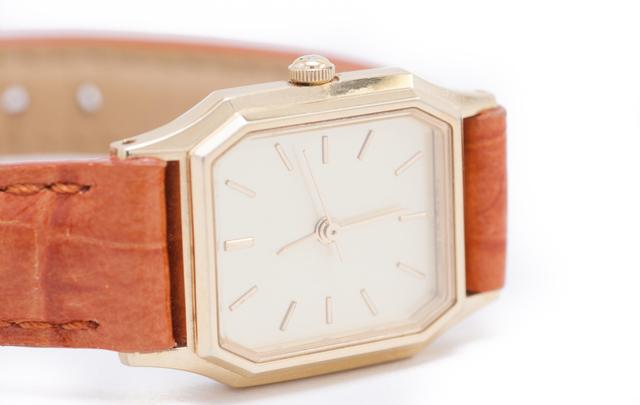 清潔感腕時計
