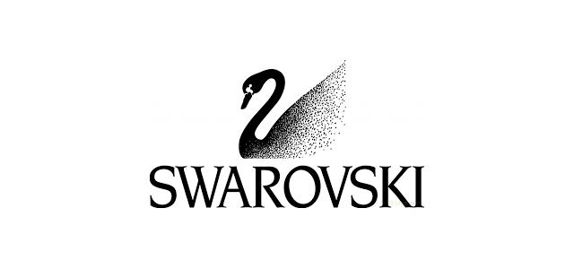 スワロフスキーピアス