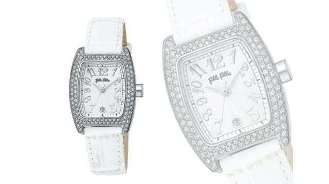 フォリフォリレザーベルト腕時計が一押し