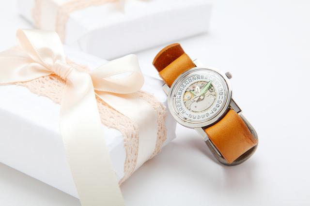 クリスマスプレゼントにおすすめ腕時計