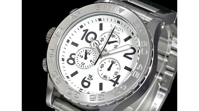 ニクソン40-20腕時計がおすすめ