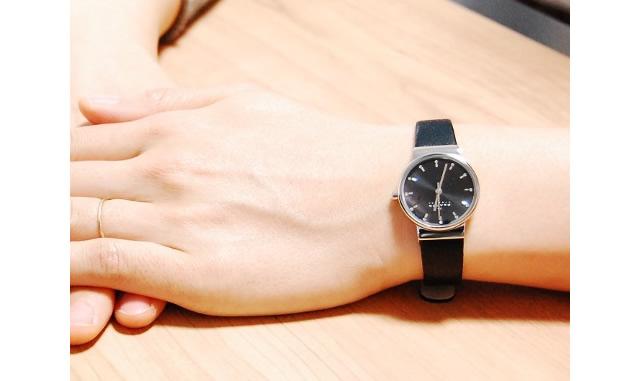 スカーゲン腕時計 革ベルト
