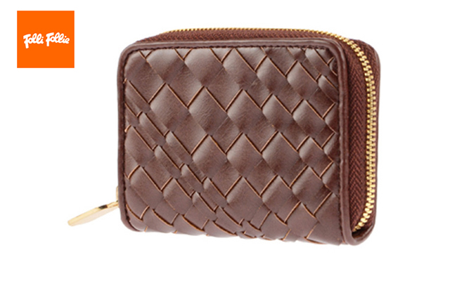 フォリフォリ短財布が人気