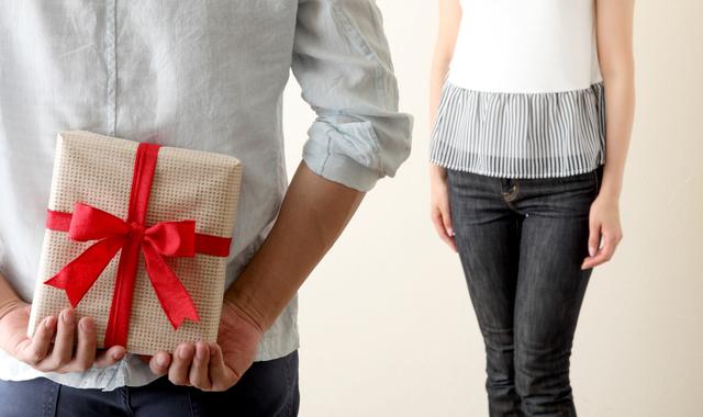 サプライズプレゼントを贈る