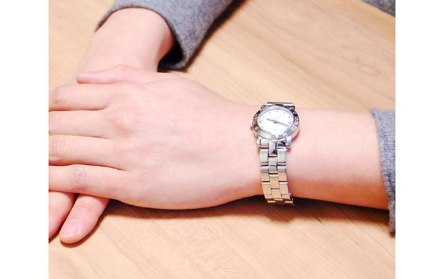 マークバイマークジェイコブスメタルバンド腕時計