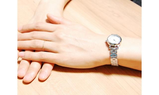 マークバイマークジェイコブス メタルバンド腕時計