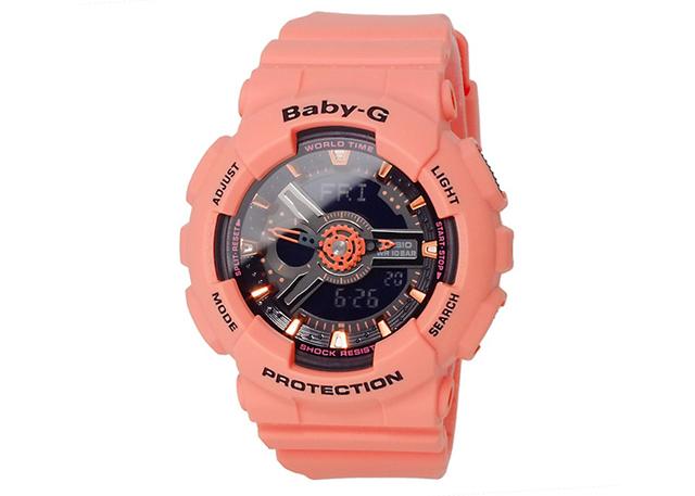 シンプルで個性的なアナデジ腕時計