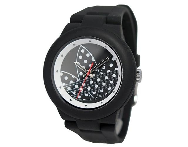 アディダス ブラック腕時計