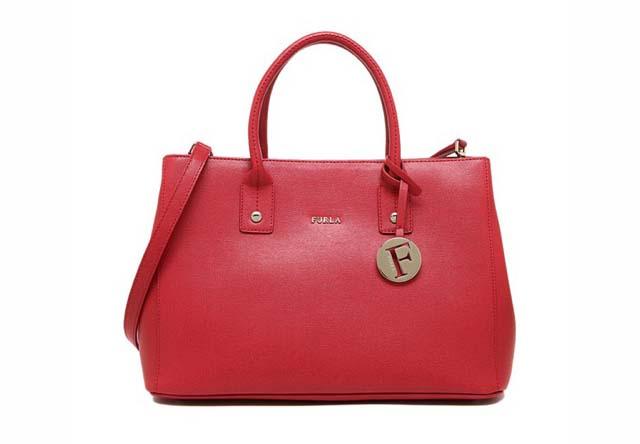 フルラのバッグはカラーバリエーションが豊富