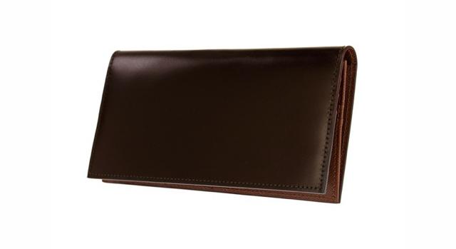 どんなシーンにも使えるゾンネ長財布