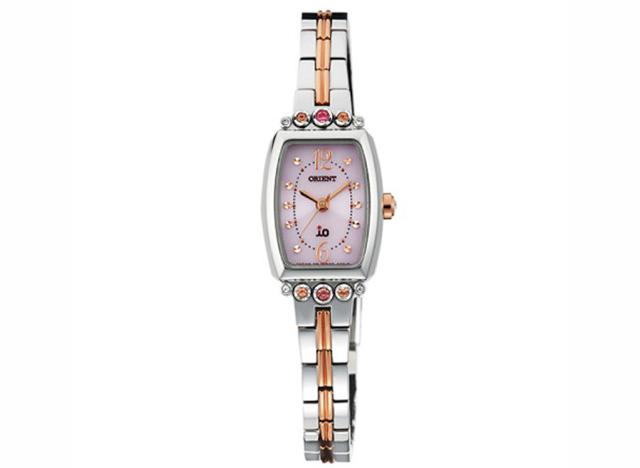 女性らしさを引き立てるオリエント腕時計イオシリーズ