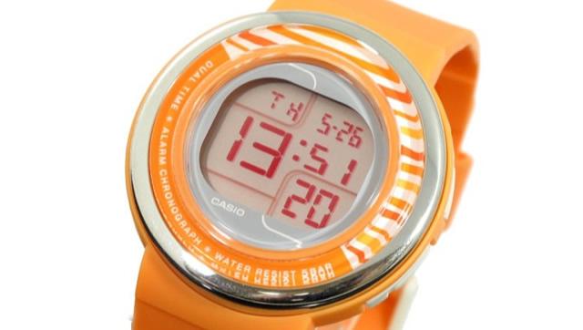 カシオ腕時計LCF30-4B