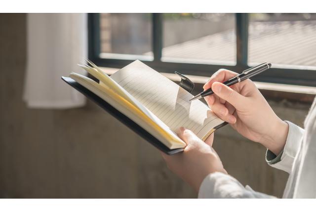 書きやすくておしゃれなクロスボールペン