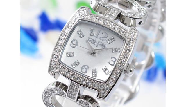 幅広いデザインでかわいいフォリフォリ腕時計