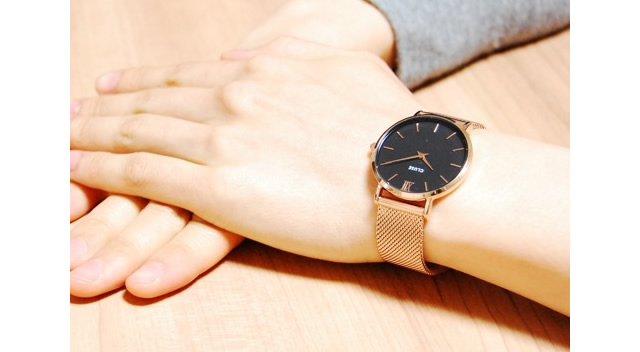 クルースメッシュベルト腕時計