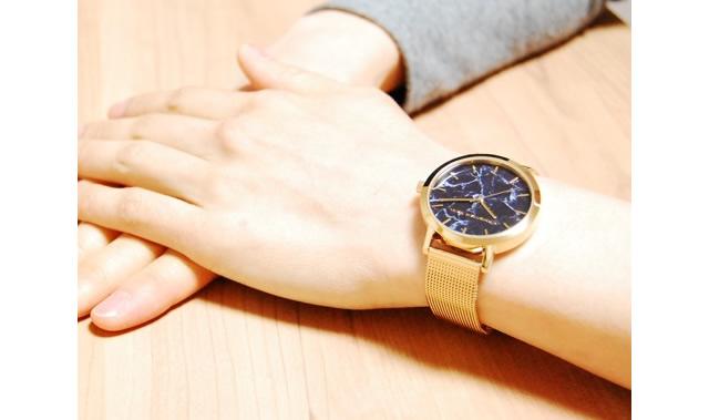 クリスチャンポールメッシュベルト腕時計