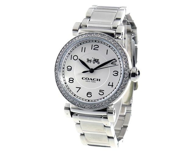 カラーも輝きも女子好み腕時計