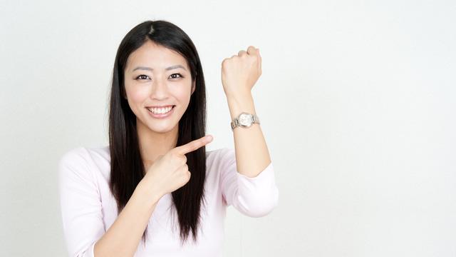 シンプルで使いやすい、でも上品な腕時計