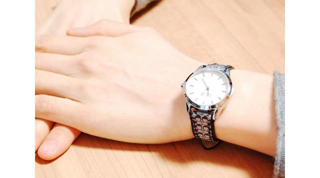 コーチらしさが詰まった、遊び心のあるデザイン腕時計