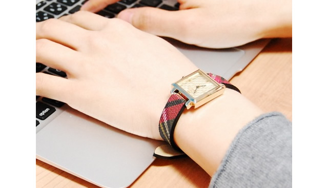 ゴージャスで個性的な所がポイントな腕時計