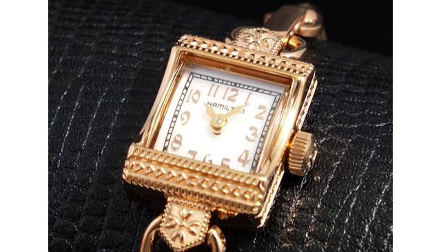 上品でクラシカルで女子力アップな腕時計
