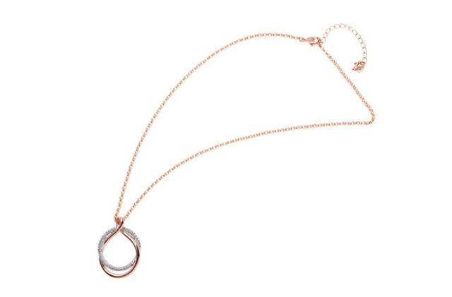 スワロフスキーのネックレスのイメージ