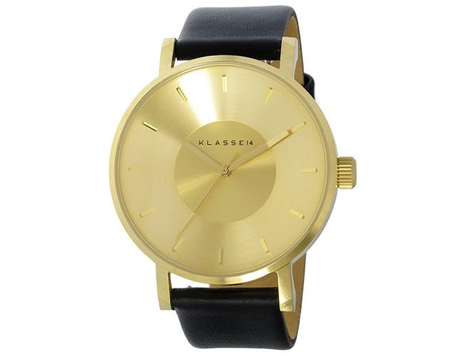 クラス14の腕時計はフォルムが美しいから男子ウケもいい