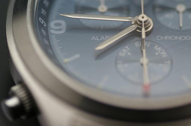 女性の腕元を可愛く見せる腕時計