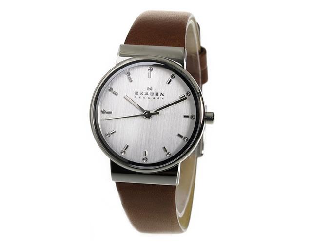 スーツコーデにぴったりのおしゃれなレディース腕時計ブランドランキング