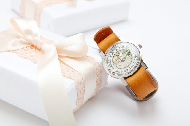 話題沸騰中の人気ブランドマイケルコース腕時計の売れ筋は?
