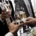 結婚式のフォーマルスタイルにぴったりなレディース短財布とは?