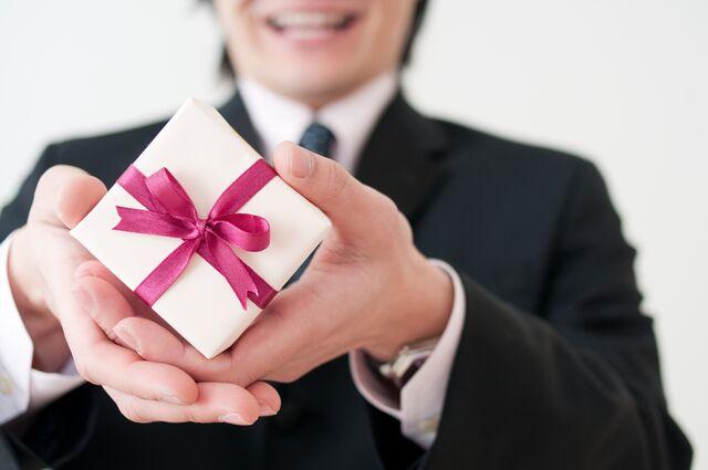 クリスマスプレゼントには腕時計を贈りましょう♪